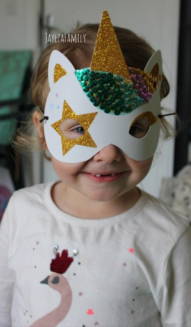 Ma magnifique création : Mon masque de licorne à paillettes et sequins Éditions Auzou