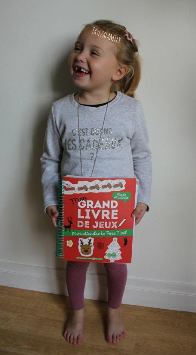 Mon grand livre de jeux pour attendre le Père Noël Le Temps Apprivoisé